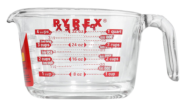 kitchen-favorites-glass-measuring-cup