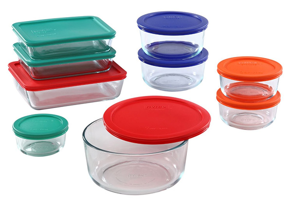 kitchen-favorites-glass-tupperware